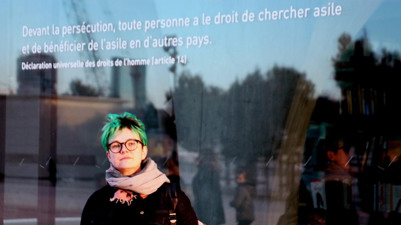 Sasha Dvanova, militante chez Urgence Homophobie