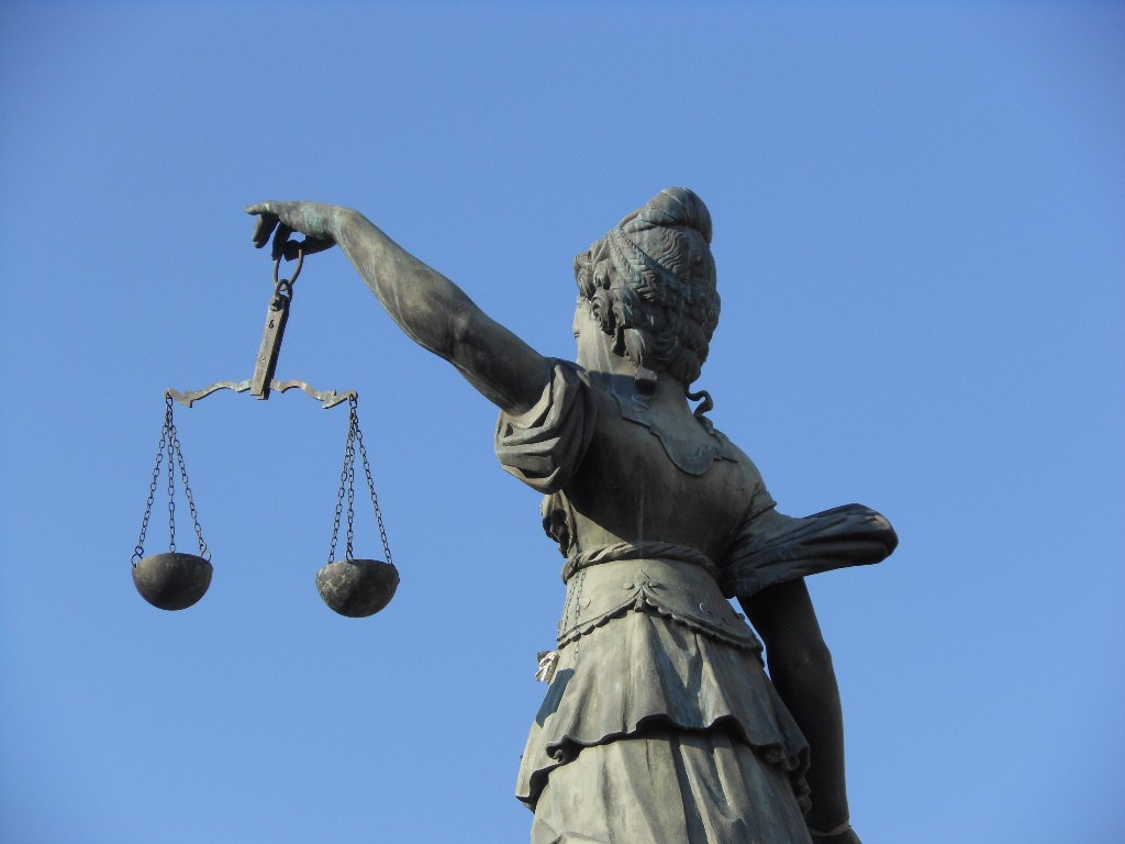 Statue Justice