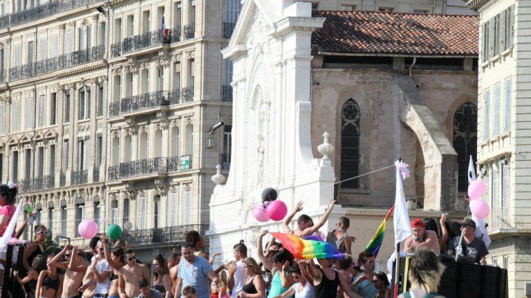 La Pride à Marseille sur le Vieux port en 2014