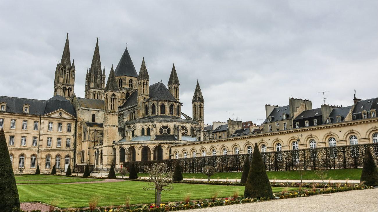L'Église de Caen - Annette Ducasse / Shutterstock