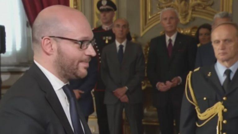 Italie : le ministre de la Famille appelle à « arrêter de reconnaitre les enfants de couples gays »