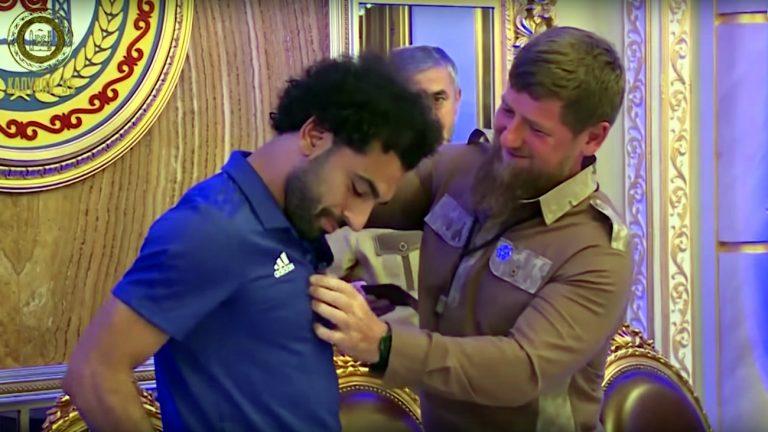 Mohamed Salah fait citoyen d'honneur de la Tchétchénie par Ramzan Kadyrov