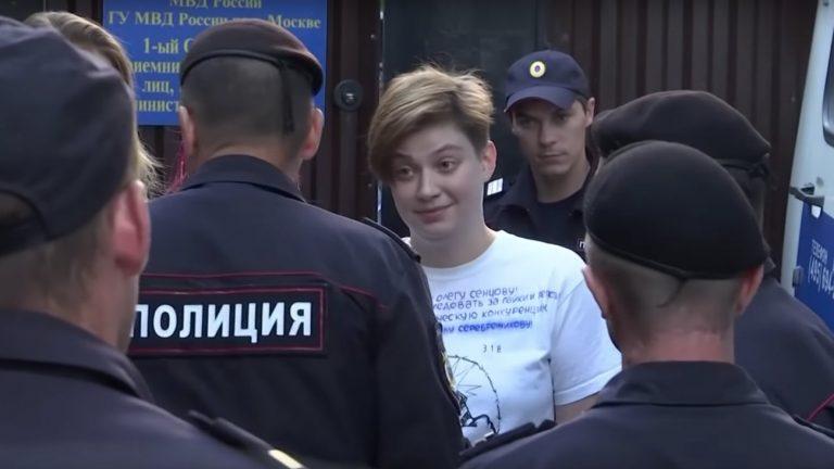 À peine sorties, retour à la case prison pour les Pussy Riot