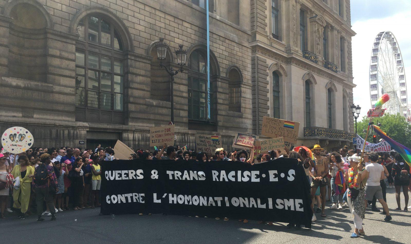 Le collectif «Queers et trans racisé.e.s » qui a pris la tête du cortège - Philippe Peyre DR