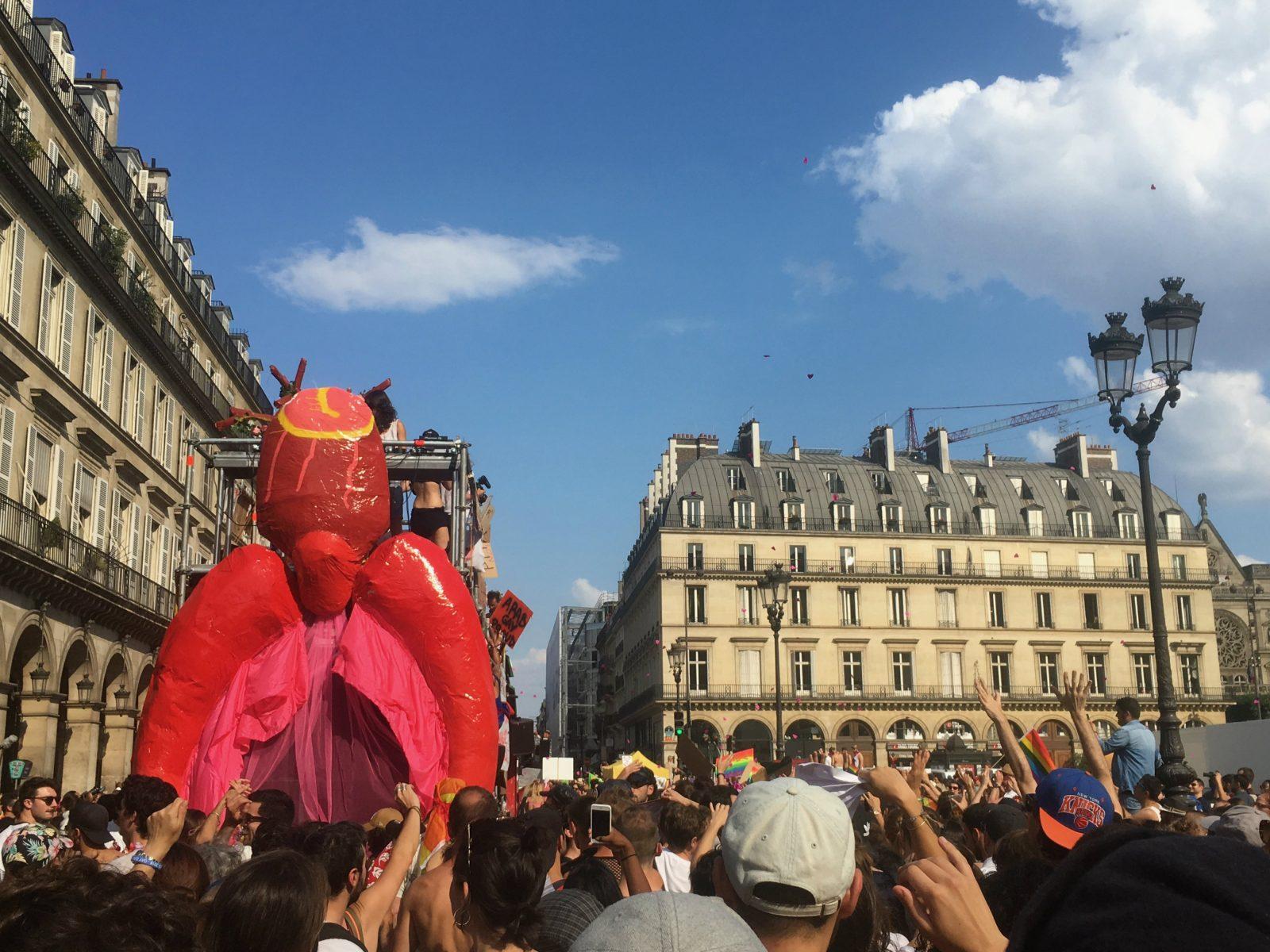 Le char gouine-trans à la Marche des fiertés Paris 2018 - Philippe Peyre DR