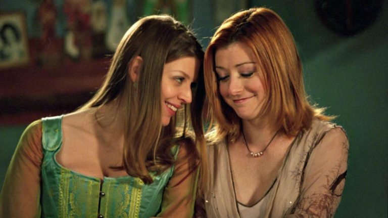 Tara et Willow dans Buffy contre les vampires