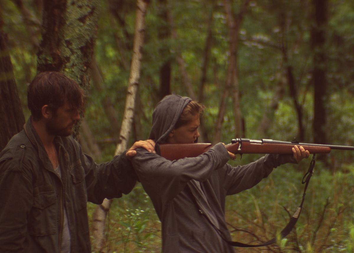 alex pettyfer et james freedson jackson dans the strange ones