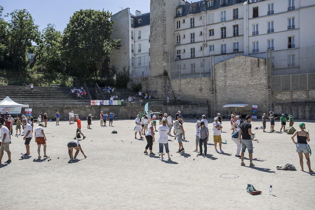 La compétition de pétanque aux arènes de Lutèce (Paris 5e), lundi 6 août - Rémy Deluze / Komitid