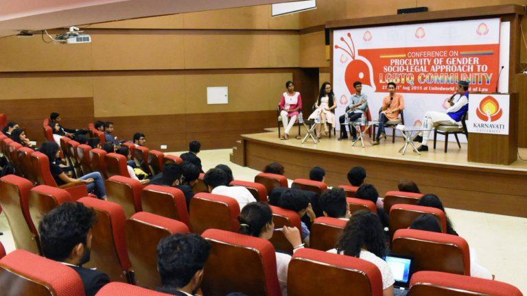 Le premier cours sur l' « approche socio-juridique de la communauté LGBTQI » à l'université Karnavati, mardi 28 août -