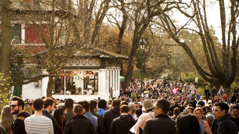 Le Rosa Bonheur au parc des Buttes Chaumont, Paris 19e