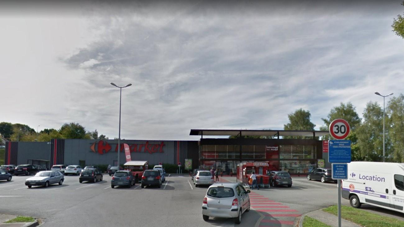 Le parking du Carrefour Market où s'est produit l'agression - Capture d'écran Google Street View / Google Maps
