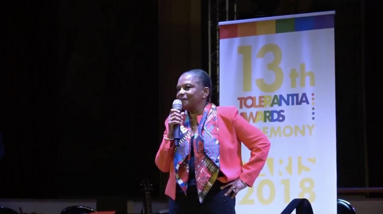 Christiane Taubira s'est vue remettre le Tolerancia Award 2018 de la part de SOS homophobie, vendredi 5 octobre - Capture d'écran @SOShomophobie / Facebook