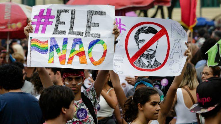 jail bolsonaro extreme droite elu president bresil reactions colere desarroi et soutien reseaux sociaux solidarite