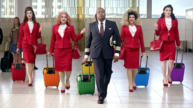 histoire pas arc en ciel clip pride gay friendly de virgin atlantic avec tituss burgess sexisme drag queen