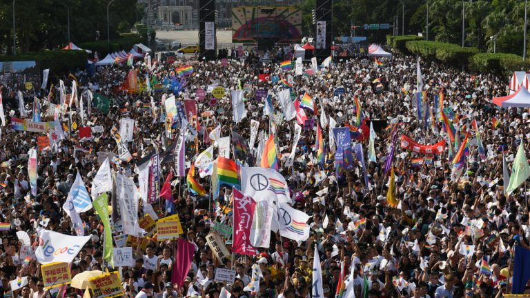 Taiwan taipei mariage LGBT pride marche