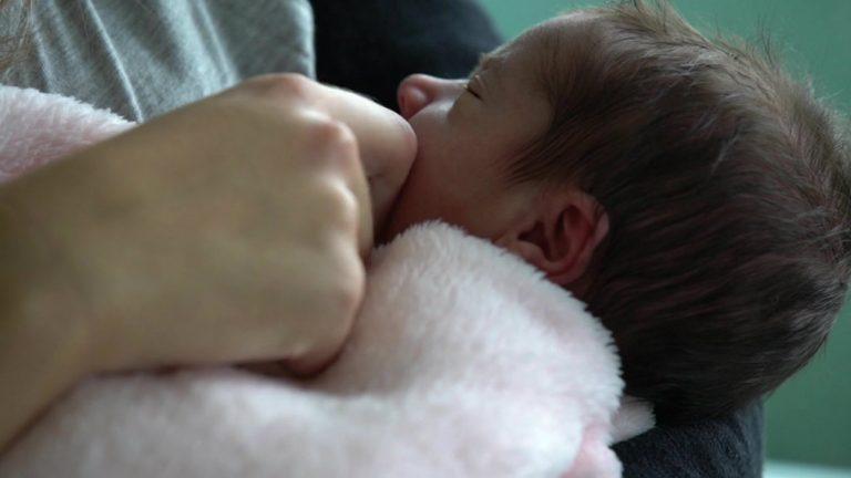 «Bébé sur Internet : le marché clandestin » - Envoyé Spécial