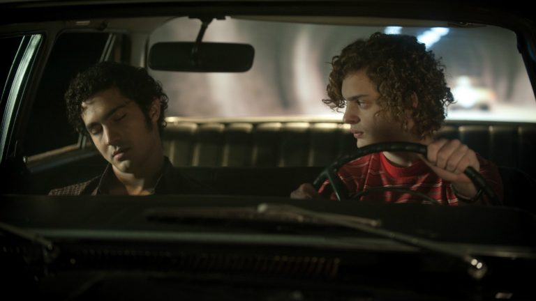 Chino Darin et Lorenzo Ferro dans « L'Ange », de Luis Ortega