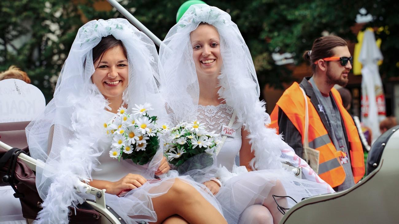 Republique-tcheque-mariage-tous-LGBT