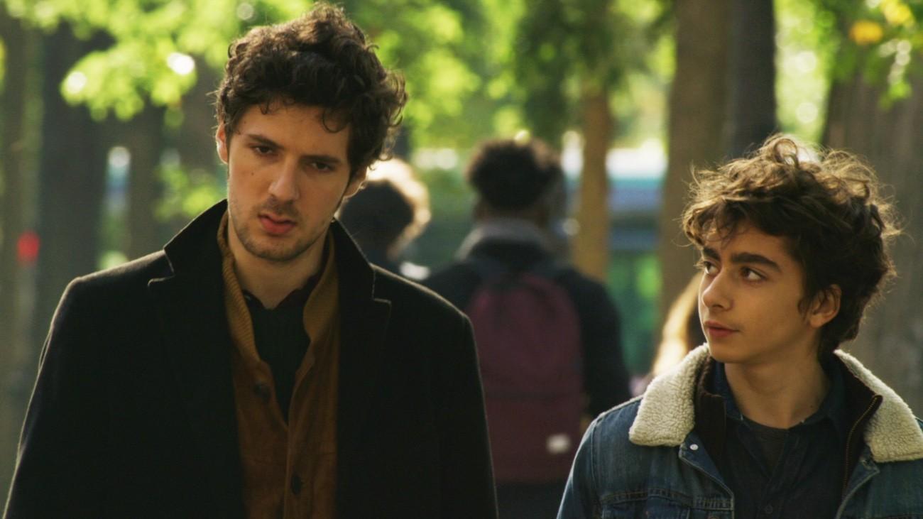 Vincent Lacoste et Mathieu Capella, dans « Deux Fils », de Félix Moati