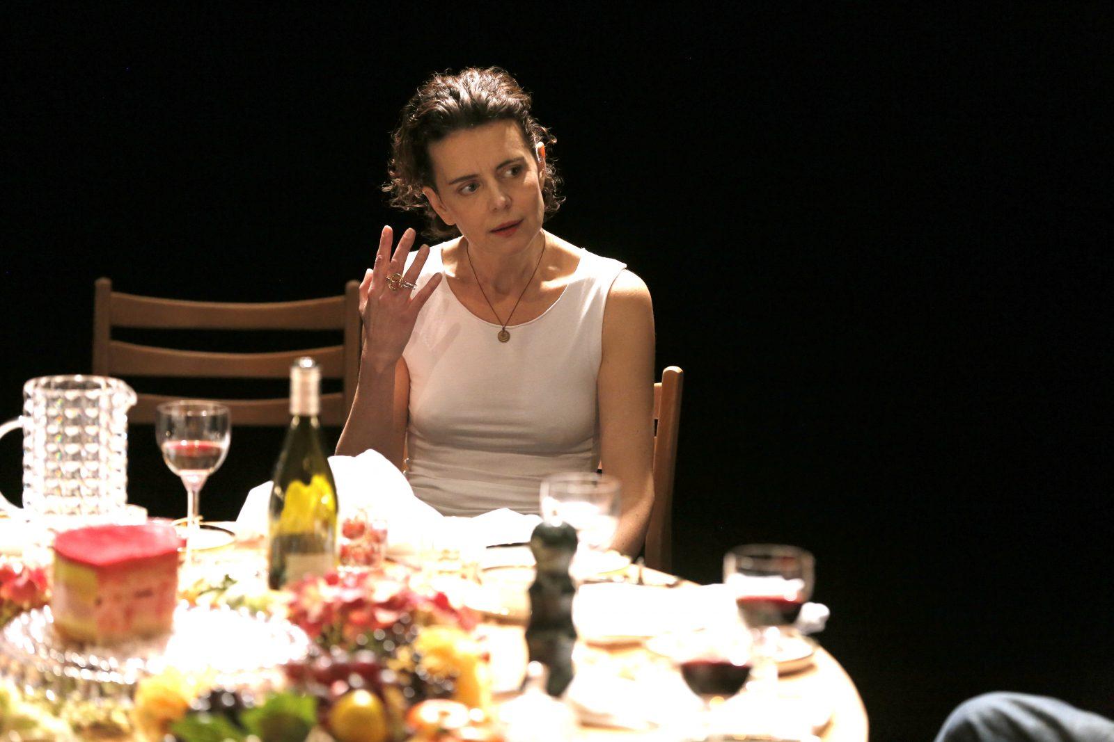 Constance Dollé, dans « Grils and Boys », mise en scène de Melanie Leray - Pascal Victor/ArtComPress