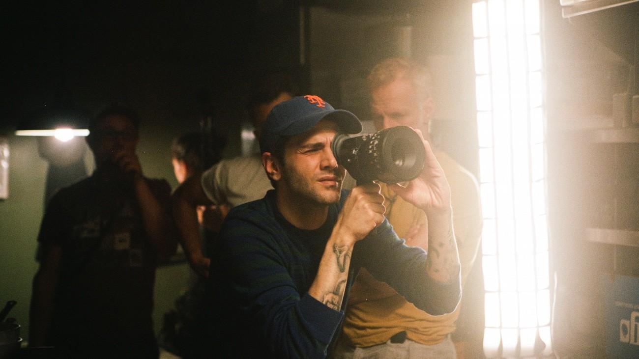 Xavier Dolan sur le tournage de « Ma Vie avec John F. Donovan » - Mars Distribution