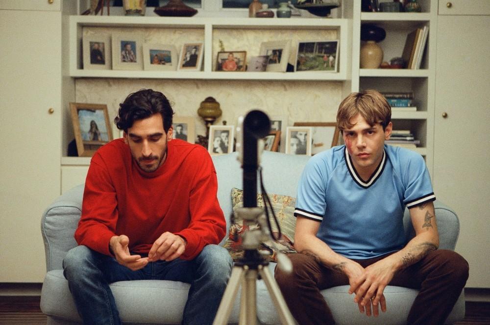 Gabriel D'Almeida Freitas et Xavier Dolan dans « Matthias et Maxime », écrit, produit, réalisé et monté par Xavier Dolan
