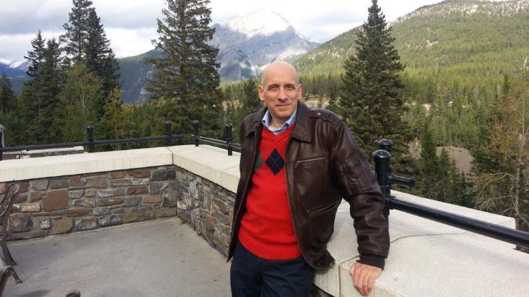 Michael Sibalis à Banff, au Canada, en 2012 - Howard Brown