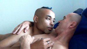 Adriano Dafy et Rémi Lange dans « L'Œuf dure », de Rémi Lange - Destiny Films
