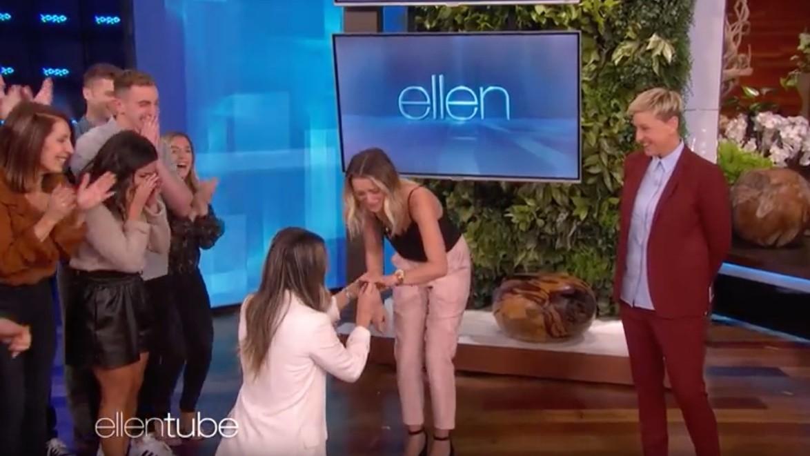 Un couple de lesbiennes s'est fiancé sur le plateau du Ellen Show