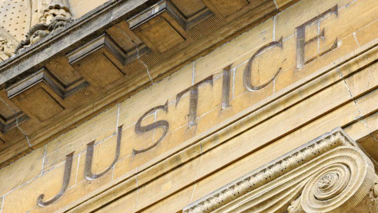Deux jeunes ont été condamnés à la suite d'un agression homophobe