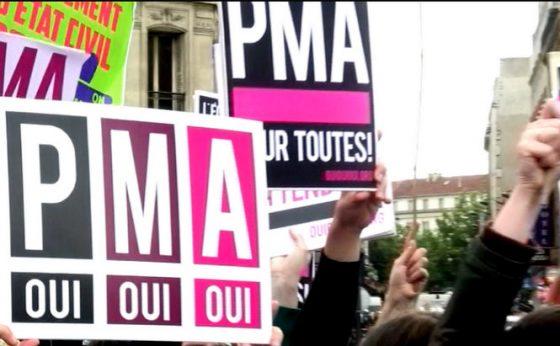 L'Inter-LGBT s'insurge contre le report de la loi sur l'ouverture de la PMA