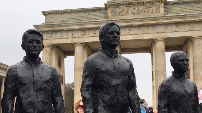 statue berlin chelsea manning