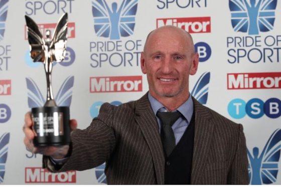 Le rugbyman gay Gareth Thomas «très contrarié» par l'arrivée de Israel Folau aux Dragons
