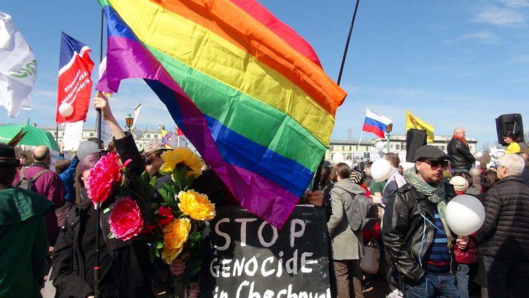 Tchétchénie manif LGBT+