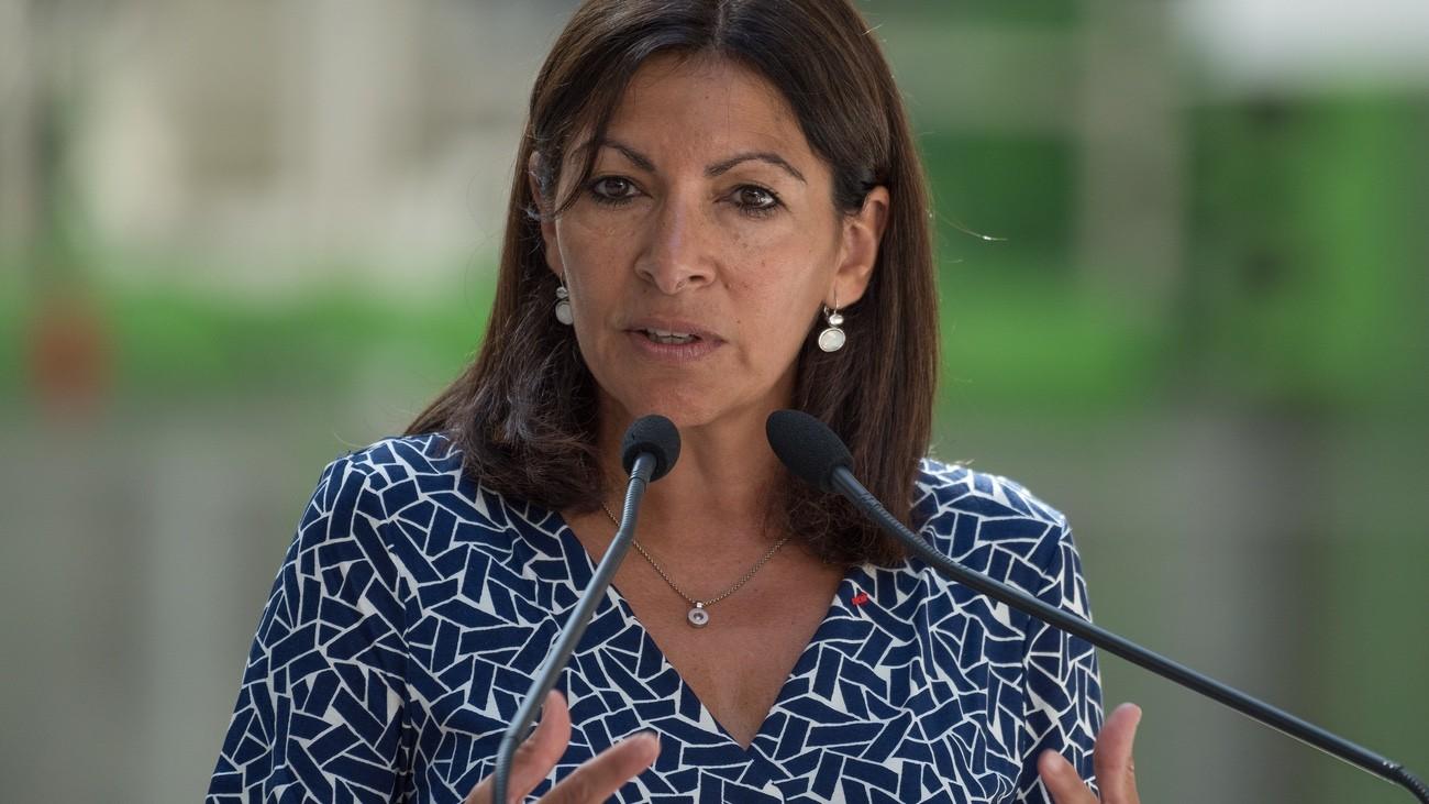 Municipales A Paris Anne Hidalgo Presente Ses Mesures Pro Lgbt