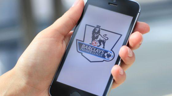La Premier League crée un système d'alerte pour les insultes sur les réseaux sociaux