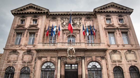 Pride Marseille alerte sur Guy Teissier, le nouveau candidat LR