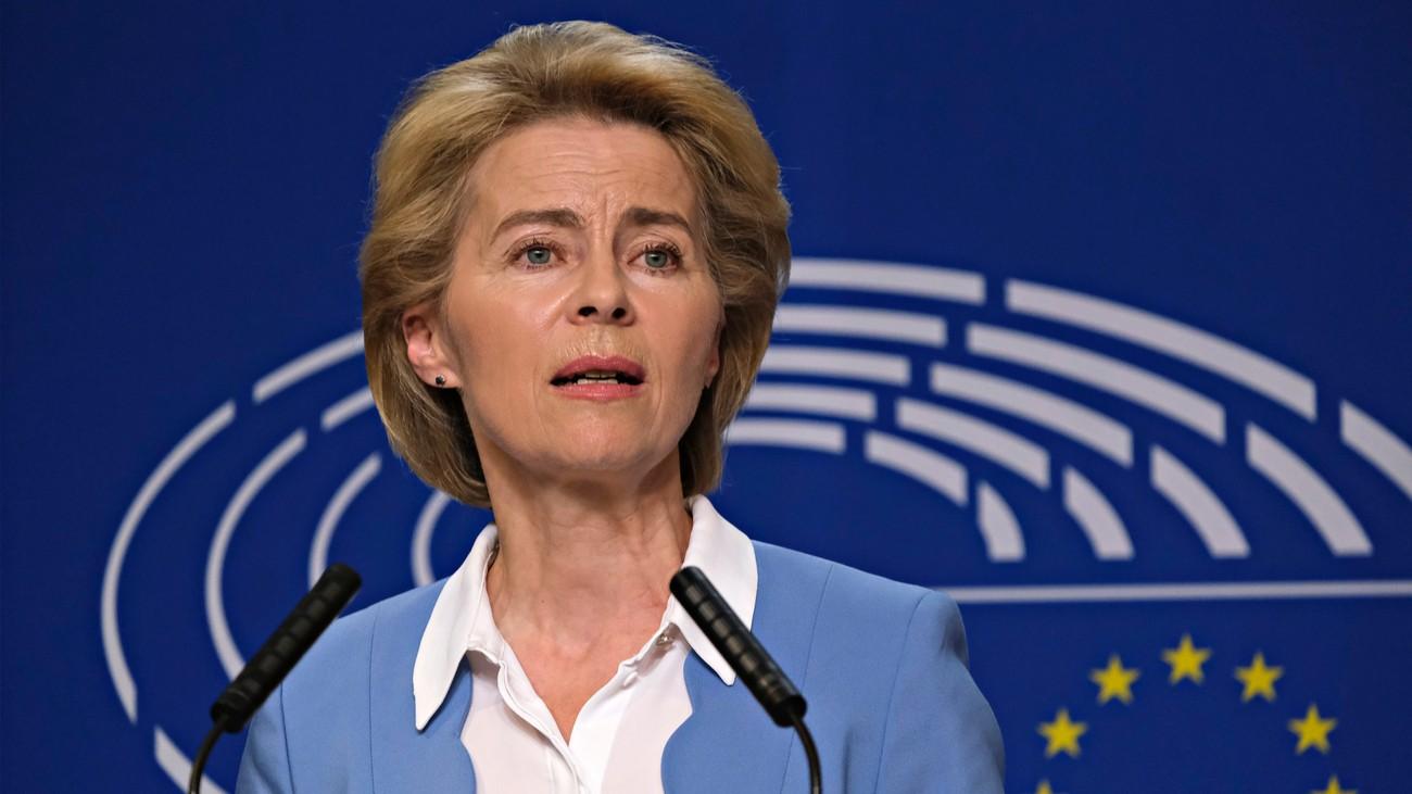 Ursula von der Leyen pologne