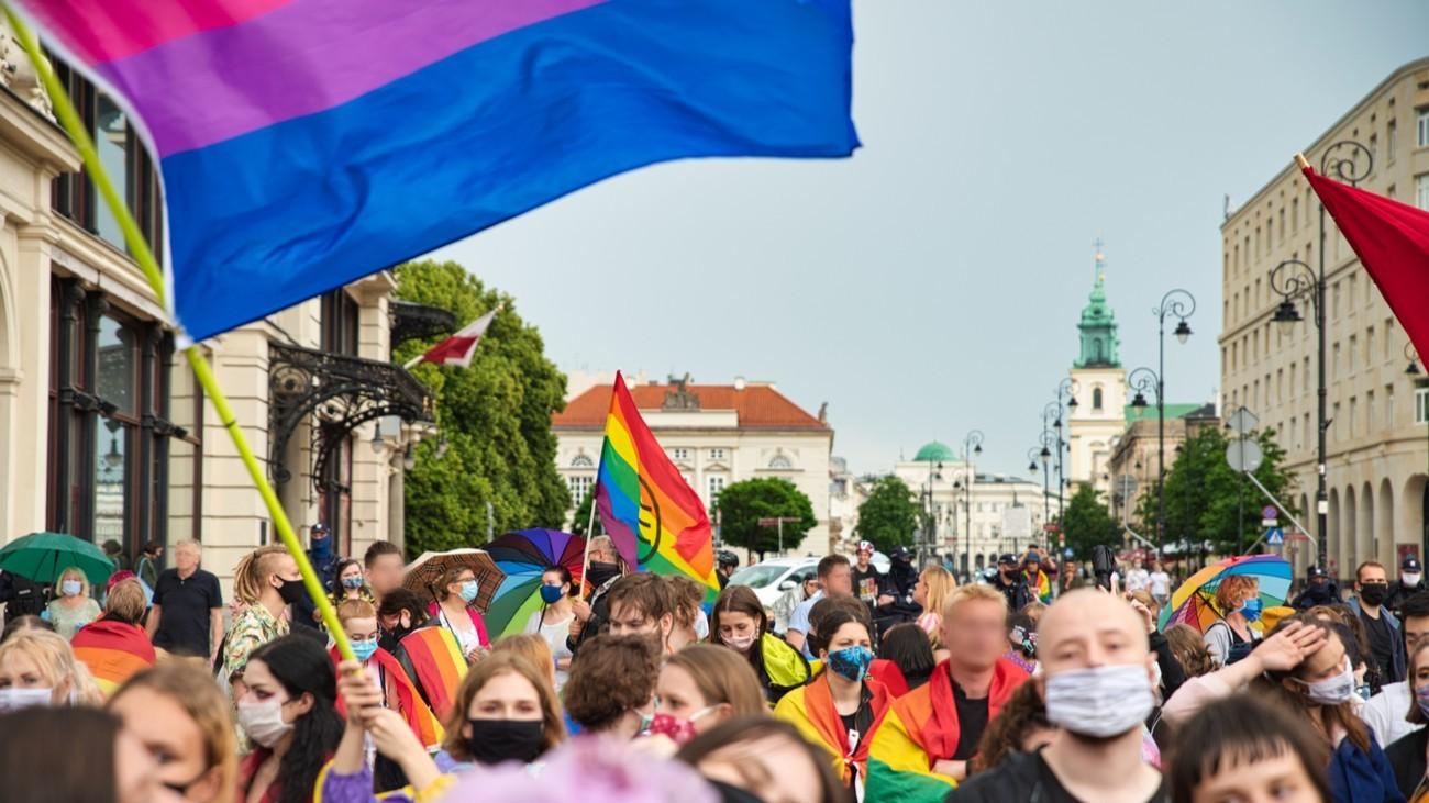 manifestation varsovie pologne lgbt