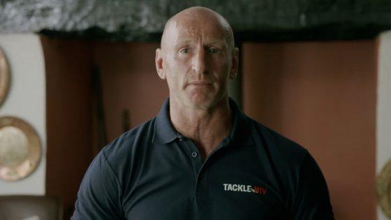 Gareth Thomas, l'ancien rugbyman gallois, s'engage dans une campagne contre la sérophobie