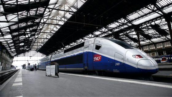 Une plainte déposée contre la SNCF contre l'obligation de binarité de genre