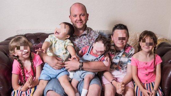 Ce père gay célibataire a adopté six enfants handicapés